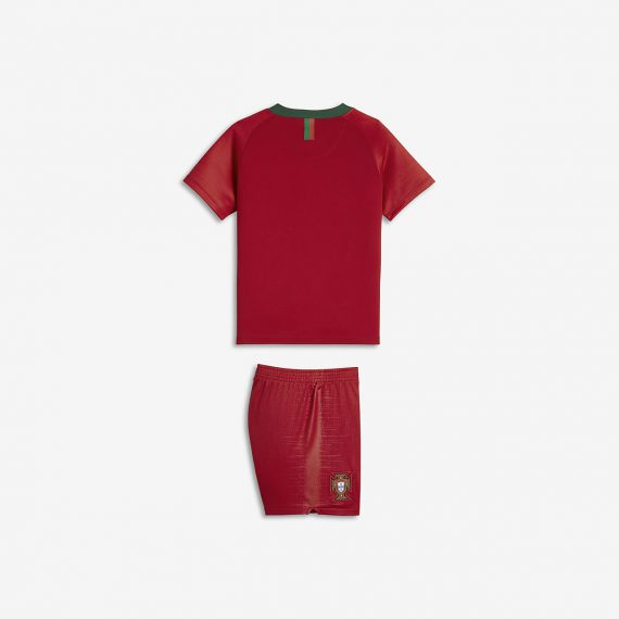 футбольный-комплект-для-дошкольников-2018-portugal-stadium-home-JkTGMV8K
